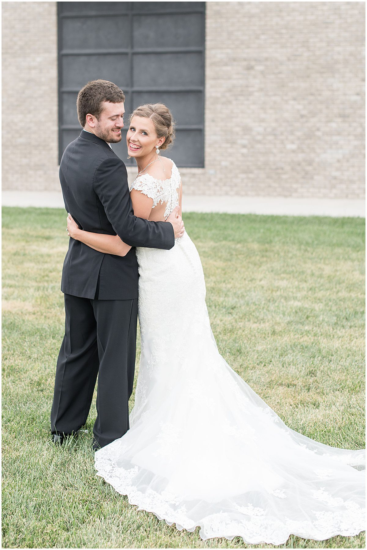 Just married photos after Bel Air Events wedding in Kokomo, Indiana by Victoria Rayburn Photography