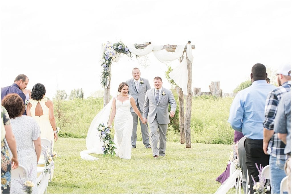 Hunny Creek Haven Wedding in Waldron, Indiana by Victoria Rayburn Photography