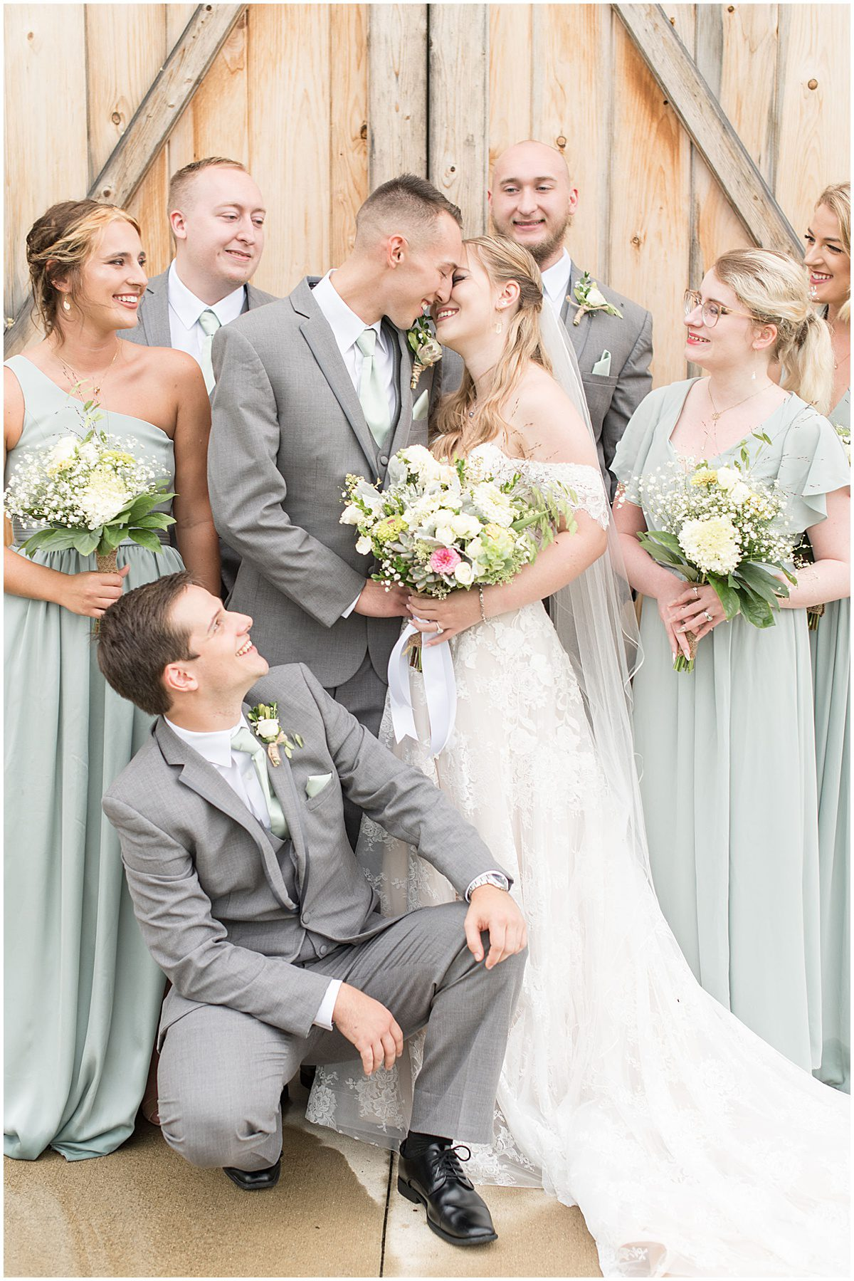 Bridal party at Whippoorwill Hill wedding in Bloomington, Indiana by Victoria Rayburn Photography
