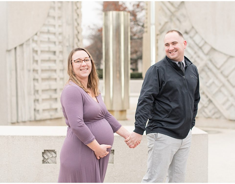Winter maternity photos at Purdue University